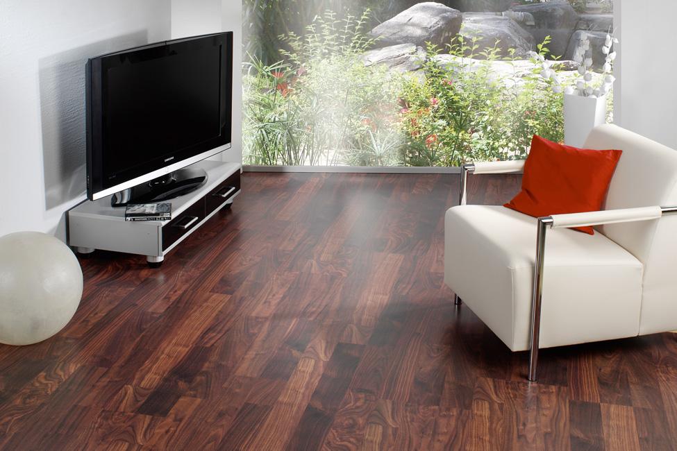 fussboden b hm boostedter str 270 neum nster. Black Bedroom Furniture Sets. Home Design Ideas